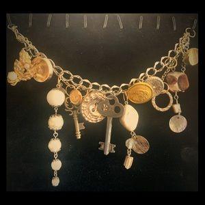 Skeleton key vintage feel charm bracelet, unique!!
